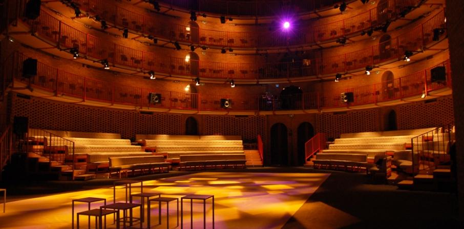 clay_paky_illuminates_milan_s_piccolo_teatro.jpg